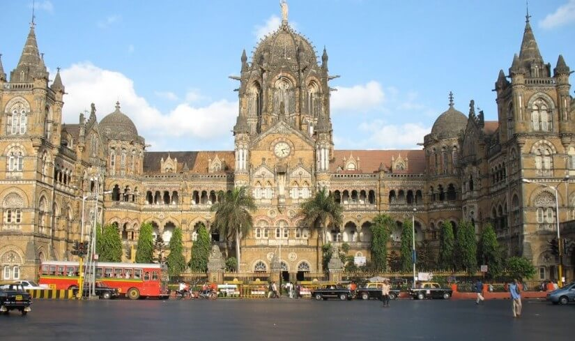 5 Heritage Sites That Tower Over Mumbai's High-Rises